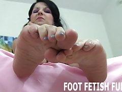 Adoro sfoggiare le dita dei piedi perfettamente calpestate