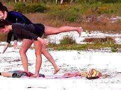 Yoga sur la plage # 02