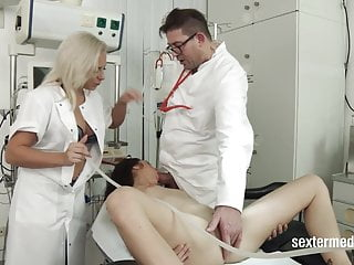 Sex Toys Double Penetration Doctor video: Perverser Klink Chef