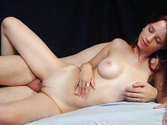 Piękna Ariel Piper Fawn
