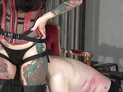 Japanese Femdom Youko Deep Facesitting