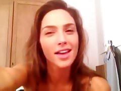 Gal Gadot seksowna kamera wideo w kształcie ust