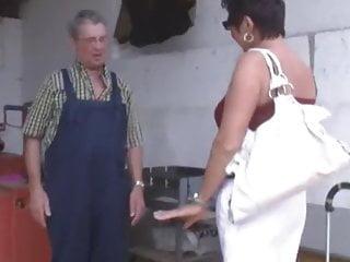 Granny Eating Pussy xxx: Bauer sucht Sau