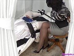 Sissy Satin Bib Dojištění