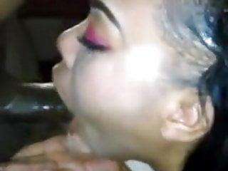 Black Blowjob Deep Throat video: Ebony sloppy mouthfucking