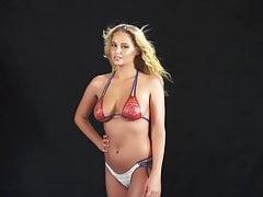 Genevieve Morton - SI 2015 Body Paint nahý photoshoot