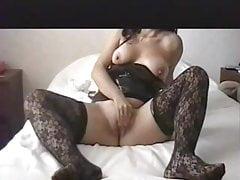 Hotwife avec un gros gode noir