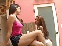 Geile lesbische Schwestern 1