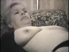Zabytkowa żona amatorska Donna odsłonięta
