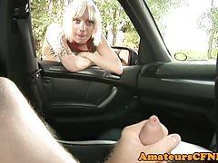 CFNM britisches Baby wichst POV im Auto