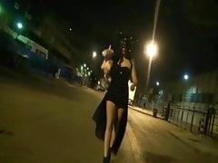 Sorcière noire dans une scène BDSM