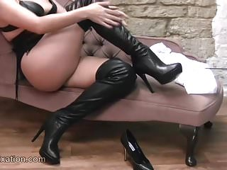 Big Boobs,Babes,Stockings,Latex,Foot Fetish,Boots,Kinky,Leather,Corset,Leather Boots