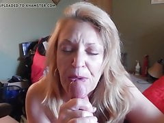La nonna prende tutto il suo latte