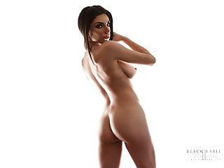 porno zadarmo - Darcie Dolce Nude for Black Label Magazine