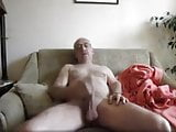 Dad wanking off his huge cock on cam - mmm love to ride that