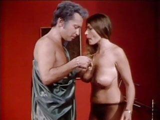 Vintage Blowjob Big Tits video: LW - Crazy old movie