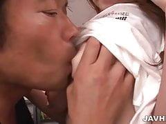 Ein heißer Cunnilingus und ein Fick für Arisa Kuroki