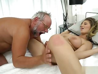 Big Boobs Facials Dad video: Young girl wakes up her old man to have sex
