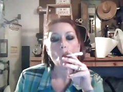 here me elizabeth marlboro menthol-Homemade Amateur Video