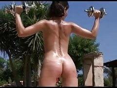Výcvik jejího těla