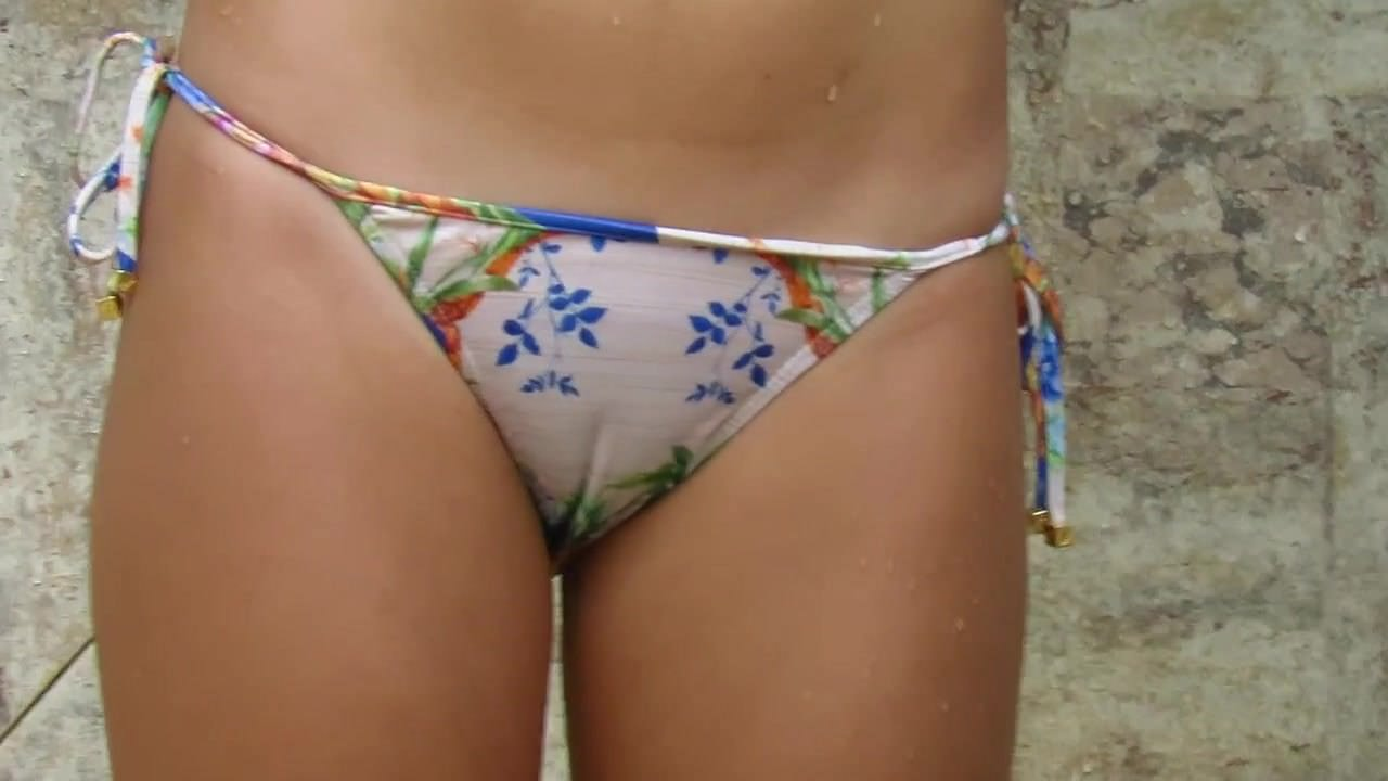 Amateur,Beach,Hidden Cams,Voyeur,HD Videos,Bikini