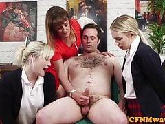Cock głodnych uczennic korzystających fetysz cfnm