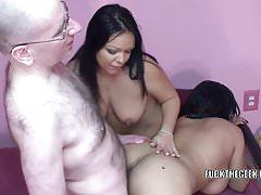 Latina-vrouwen Valentina en Angel ruilen een pik