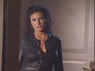 Porno video: Angel Ursula Cavalcanti Threesome Anal