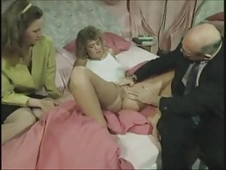 Vintage Sex Toys Fingering video: Vintage German family - the doctor visit