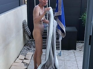 French Voyeur video: wife nude after pool