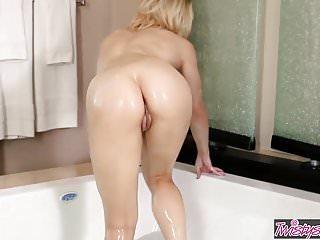 Babe,Hd,Hollywood,Masturbation,Pornstar,Pussy,Sex Toy,Wet,Wet Pussy