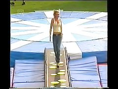 Nell McAndrew Nice Bouncing & Cleavage NN