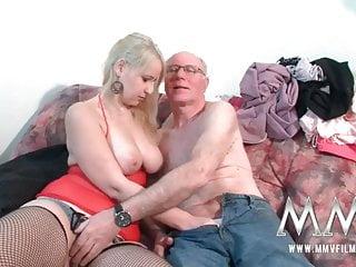 mmv電影青少年女孩被爺爺操