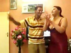 puttana araba che balla nella casa delle puttane