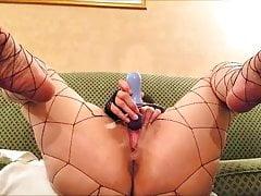 Nikki Diamondz Sexy Fishnet Solo Masturbazione