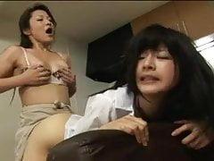 madre futanari y NO su hija