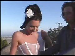 Gedumpte Braut abgeholt und abgefickt