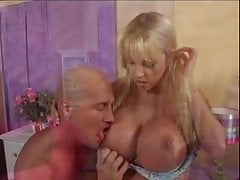 Harmony Bliss - Desperate Housewhores # 9 (2007)