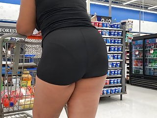 Black Big Ass Spandex video: Candid Quickie VPL in Spandex Shorts (Checkout Line)