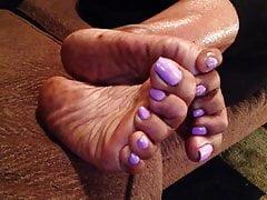 Dojrzałe hebanowe stopy