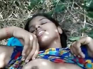 Amateur,Indian,Outdoor,Kissing,Girl,Fucked,Village,Bf,Cute Girl,Cute Girl Fucked