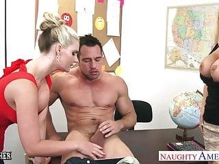 豐滿的金發碧眼的性教師鳳凰瑪麗和夏天brielle s