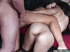 Trójkąt szczęściarza z azjatyckimi kochankami