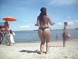 bikini dancing