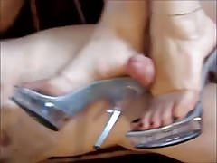 Amateur shoejob 2