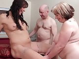 Hot thesome with tranny