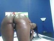 Negra Bunduda Na Webcam