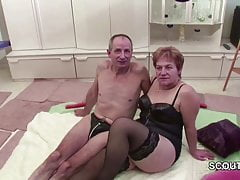 Granny e nonno tedeschi in Porno Casting for Money