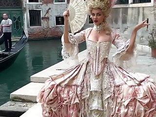 Victoria justice in dress in venice...