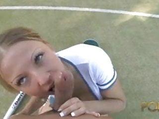 Alexia Vendome s occupe de son prof de sport